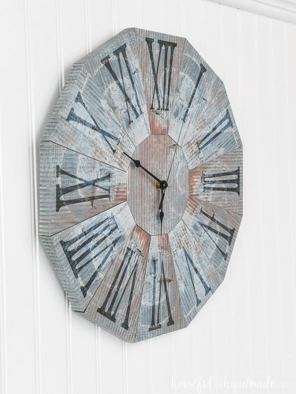 Side view of the paper decor wall clock.
