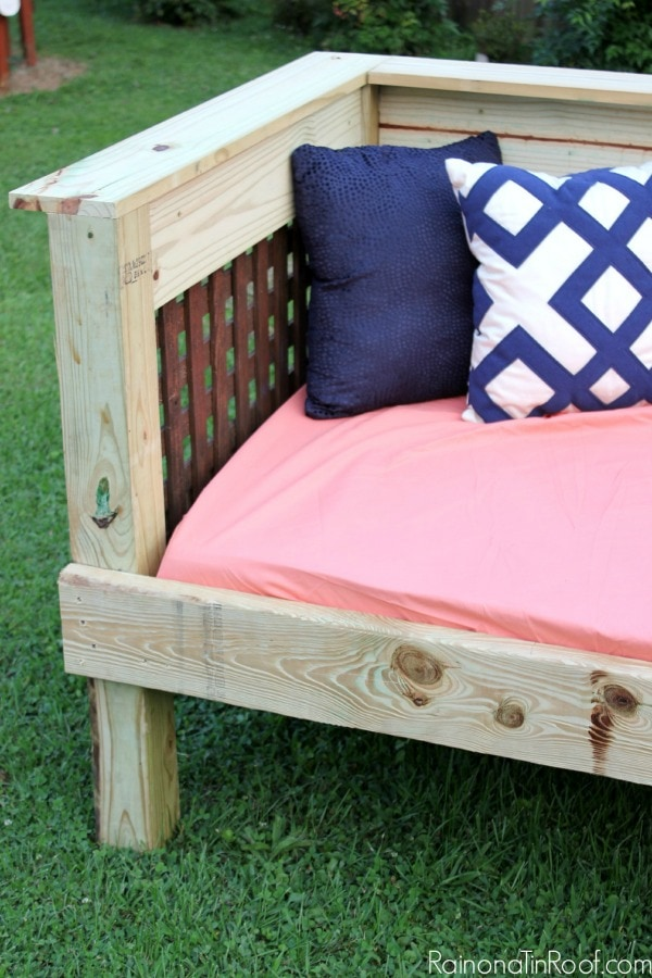 DIY Outdoor Daybed Tutorial – doubles as a sofa!