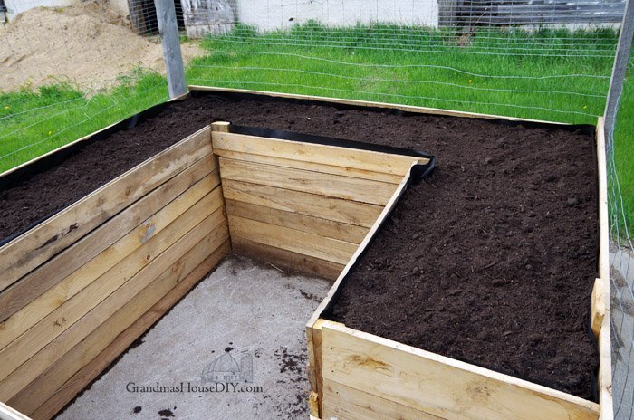 Raised Beds in My Garden - Building with Oak and Barn Wood
