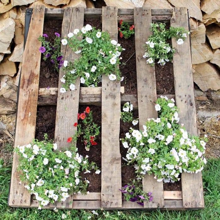 Pallet Garden Perfect For Summer