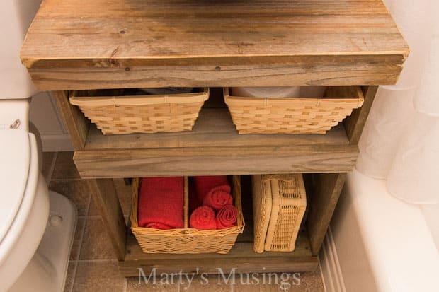 Rustic Fence Board Bathroom Cabinet: DIY Project