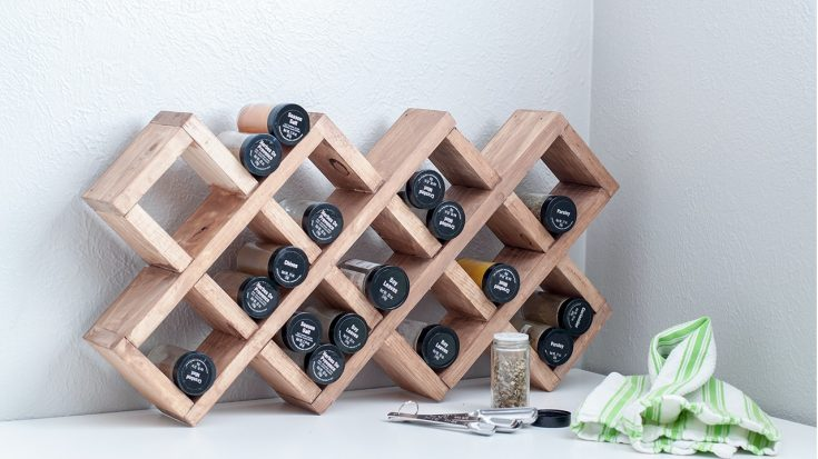 DIY Spice Rack - Easy Wooden Spice Rack For Countertop Or Wall