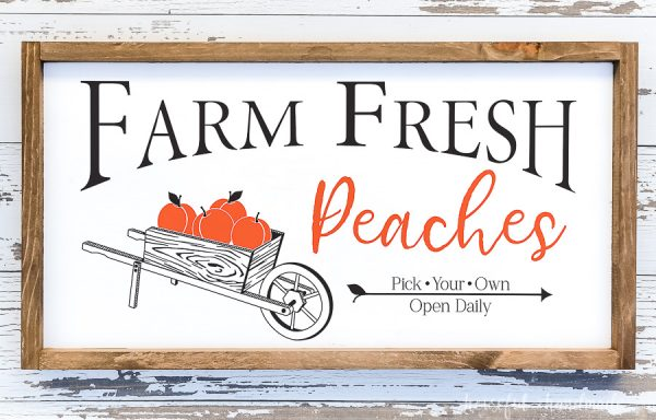 Fall farmhouse sign decorated with Farm Fresh Peaches design.