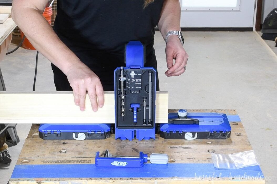 Using the Kreg pocket hole jig 720Pro with the adjustable stop attached to the docking station.